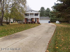 8189 Cherry Ln. Lane, Cadillac, MI 49601