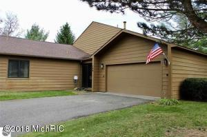 140 North Shore Drive W Unit #17, Cadillac, MI 49601