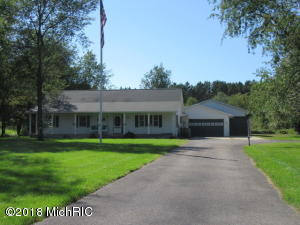 3706 Driftwood Drive, Cadillac, MI 49601