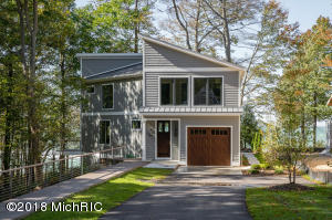 77155 Winding Creek Circle, South Haven, MI 49090