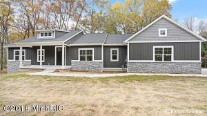 10800 Crawford Lake Trail NE, Cedar Springs, MI 49319