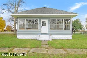 156 W Oak Street NE, Sand Lake, MI 49343