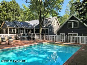 16204 Quality Lane, Union Pier, MI 49129