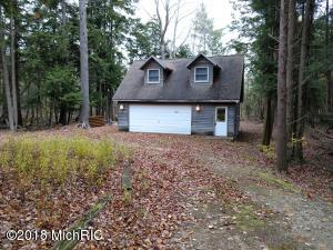 4541 Arborvitae Road, Honor, MI 49640