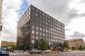 151 S ROSE Street, Suite 925