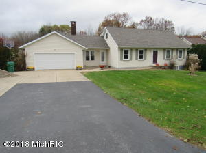 6287 Long Lake Road, Berrien Springs, MI 49103