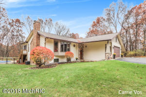 4670 Shear Wood Court NE, Grand Rapids, MI 49525