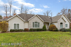 643 Ranch Drive, Norton Shores, MI 49441
