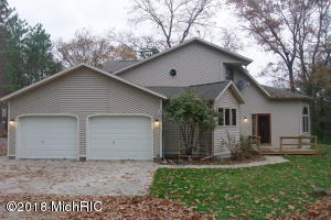 Property for sale at 565 W Holton Whitehall Road, Whitehall,  MI 49461