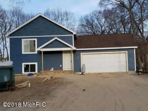 5118 North Point Drive, Pierson, MI 49339