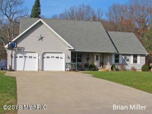 635 Prairie Creek Road, Ionia, MI 48846