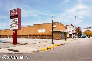 248 N Paw Paw Street, Coloma, MI 49038