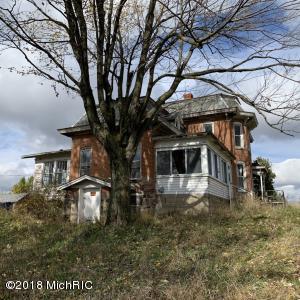 12800 S Bird Lake Road, Osseo, MI 49266