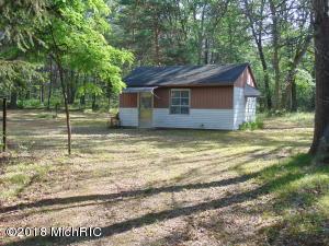 13184 Sweet Trail, Marion, MI 49665