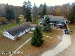 6322-6342 W Hagar Shore Road, Coloma, MI 49038