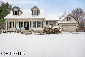 180 W Mount Garfield Road, Norton Shores, MI 49441