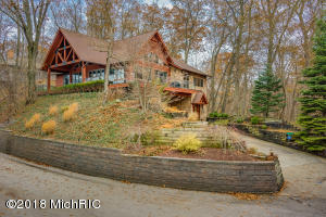 12759 Highland Shore Drive, Sawyer, MI 49125