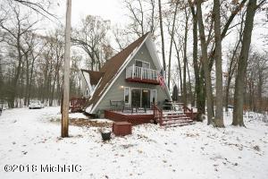 968 Hess Lake Drive, Grant, MI 49327