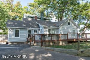 74 N Shore Drive, South Haven, MI 49090