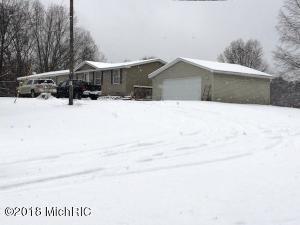 4671 S Deer Lake Road, Reed City, MI 49677