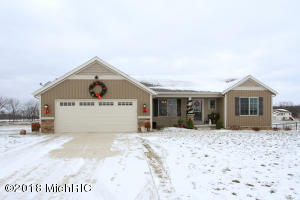 33 Browning Drive, Shelbyville, MI 49344