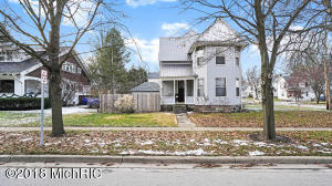 Property for sale at 604 S Jefferson Street, Hastings,  MI 49058