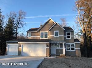 13329 Maple Leaf Drive, Nunica, MI 49448