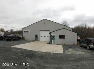 203 S Main Street, Scottville, MI 49454