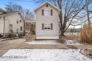 422 10th Street NW, Grand Rapids, MI 49504