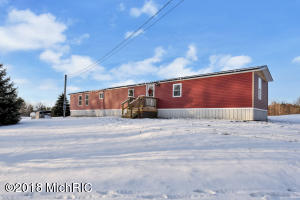 7228 E Old M 63, Luther, MI 49656