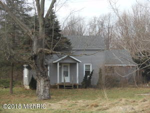 6597 Snyder Road, Berrien Springs, MI 49103