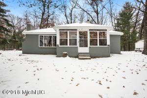 10914 S Little Lakeview Drive, Baldwin, MI 49304