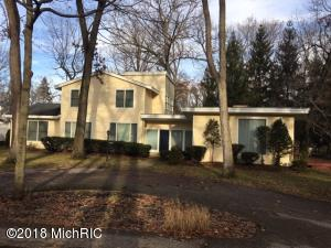 47112 Cedar Avenue, New Buffalo, MI 49117
