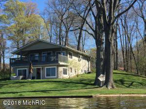 4295 Reynolds Road, Delton, MI 49046