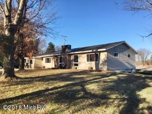 805 N Lincoln Avenue, Lakeview, MI 48850
