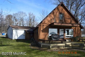 698 Waterview Drive, Coldwater, MI 49036