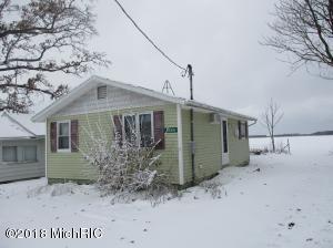 16422 Oak Street, Decatur, MI 49045