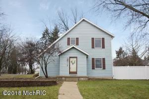 2470 Orchard View Drive NE, Grand Rapids, MI 49505