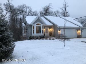 2556 Summit Ridge Drive NE 36, Grand Rapids, MI 49505