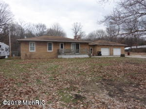 6009 S Marsh Road, Shelbyville, MI 49344