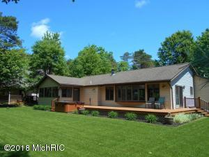 10086 Peppermill Lane, Canadian Lakes, MI 49346