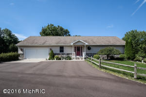 11611 Riehl Way, Greenville, MI 48838