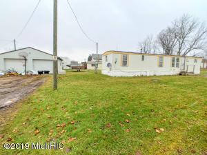 99 S East Street, Walkerville, MI 49459