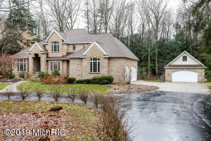 19291 Rosemary Road, Spring Lake, MI 49456