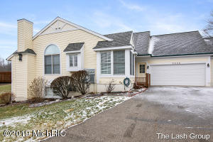 3335 Golfview Drive NW 38, Grand Rapids, MI 49544