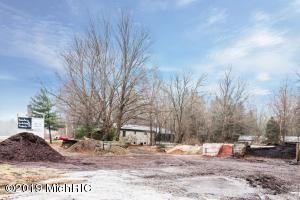 13213 Red Arrow Highway 1, Sawyer, MI 49125