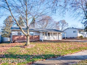 1900 Carlton Avenue NE, Grand Rapids, MI 49505