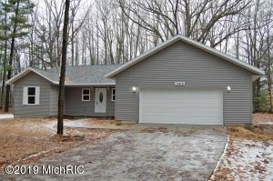 11410 Heather Lane, Canadian Lakes, MI 49346