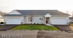 264 Shoreside Drive N 68, Grand Rapids, MI 49548