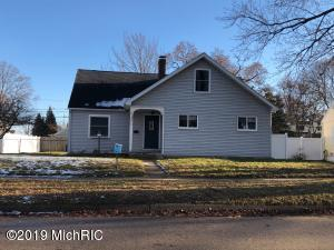 Property for sale at 1313 Mills Avenue, North Muskegon,  Michigan 49445